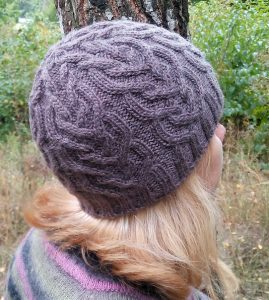 Tangle hat